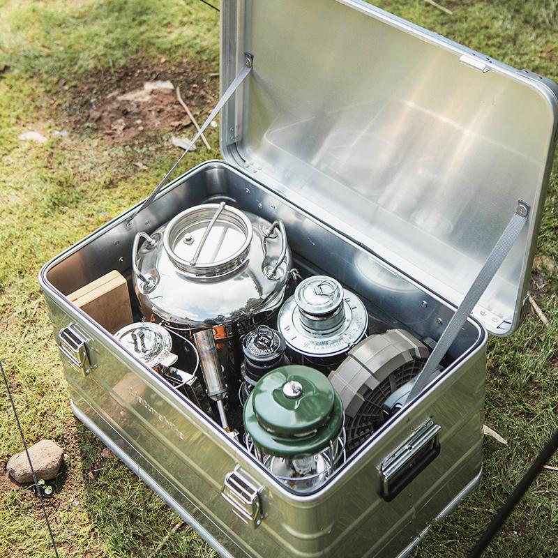 Boîte de rangement de camping