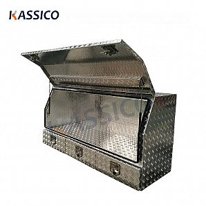Aluminum check plate truck tool box with drawers